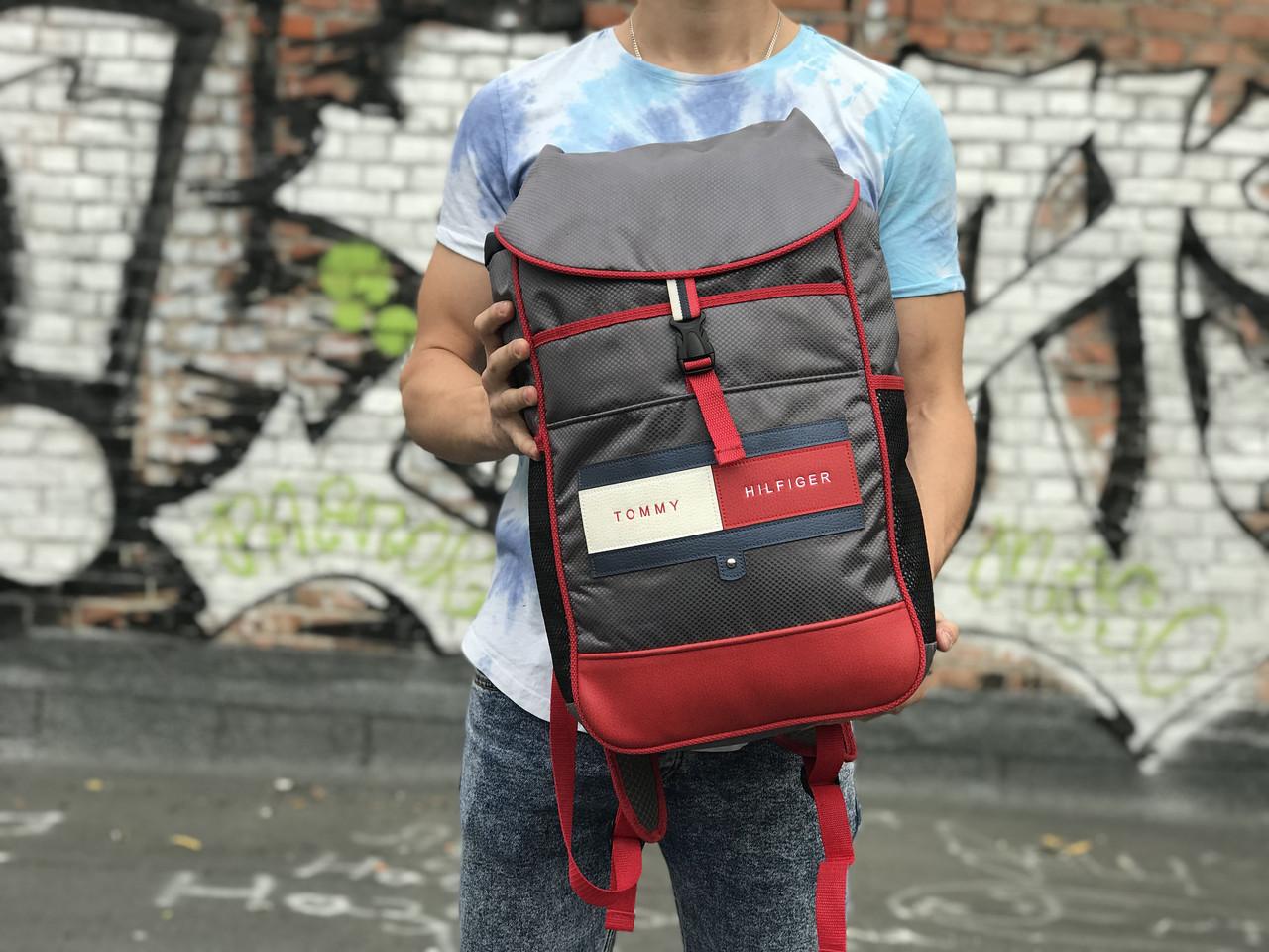 Чоловічий рюкзак сірого кольору