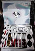 Набор декоративной косметики Kylie 13 в 1