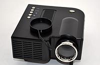 Проектор LED UC28