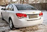 Пластиковая защитная накладка на задний бампер для Chevrolet Cruze седан 2009-2015, фото 2