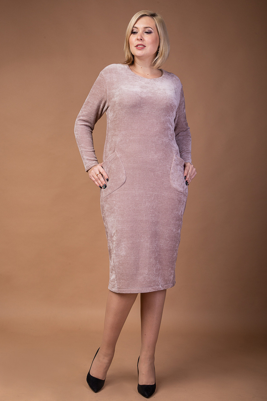 Красивое трикотажное платье  больших размеров