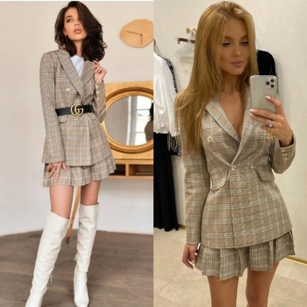 Костюм двойка женский, в клетку, удлиненный пиджак и юбка короткая в складку, повседневный, офисный, модный