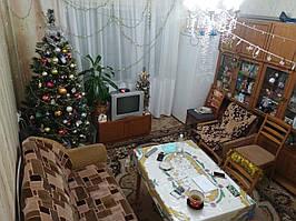 ТЕРМІНОВО Продається 4-х кімнатна квартира на вул.Л.Курбаса 6. Ціна 35 000 $ Або Обміняю