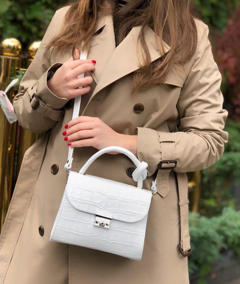 Женская кожаная сумка KNOT BAG