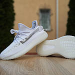 Жіночі кросівки Adidas Yeezy Boost 350 V2 (білі), фото 7
