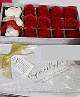Подарочный набор на 14 февраля мыло розочки с мишкой