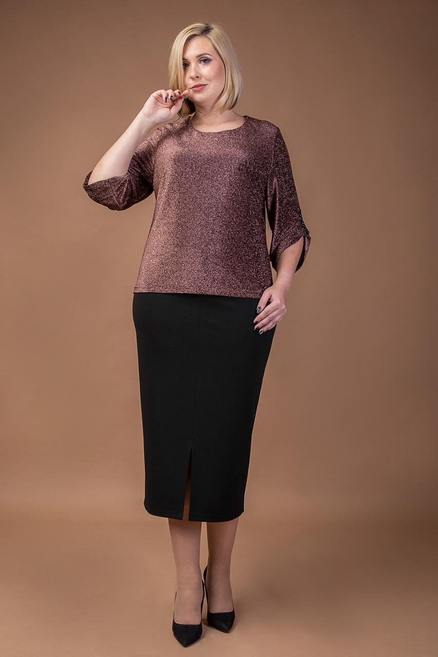 Нарядный женский юбочный костюм больших размеров
