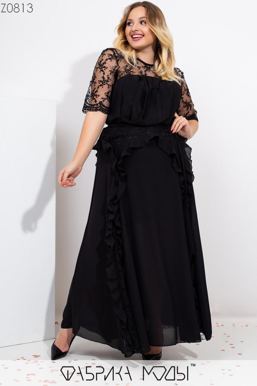 Длинное платье с кокеткой из сетки и вышивкой из пайетки, съемным поясом по талии и контрастным декором воланами и вставками из гипюра Z0813