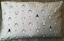 Наволочка зайцы на сером фоне с запахом, на детскую подушку  60*40 см,100% хлопок