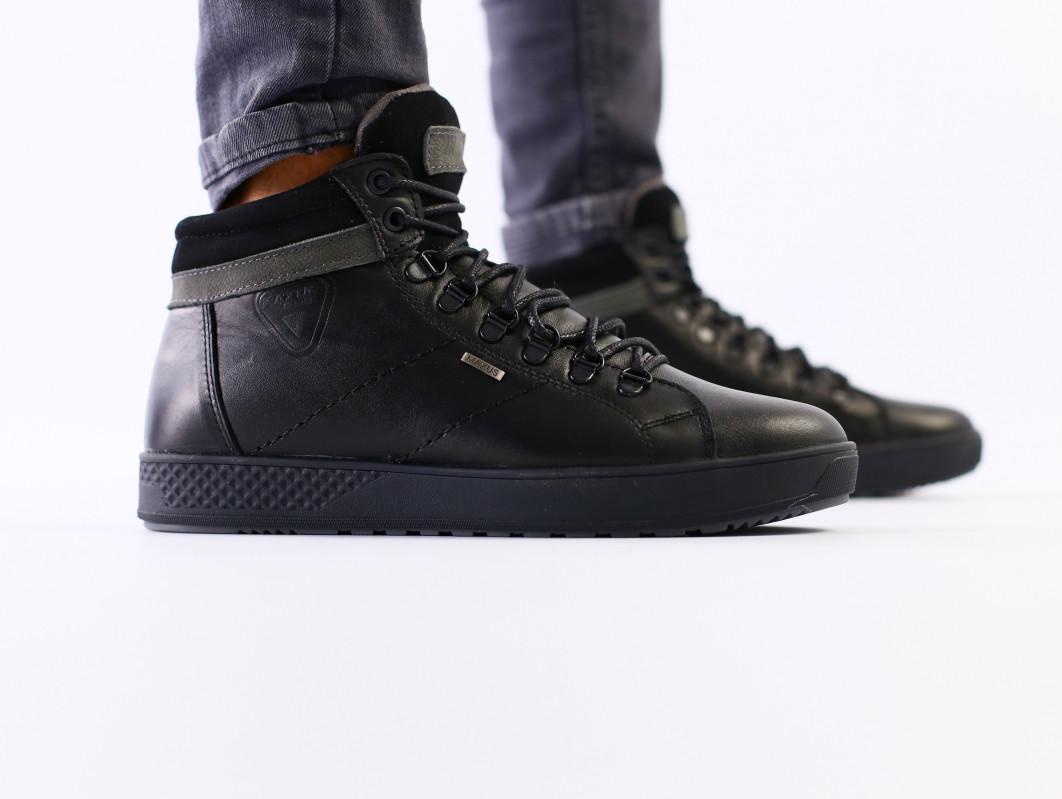 Мужские черные кожаные зимние кроссовки