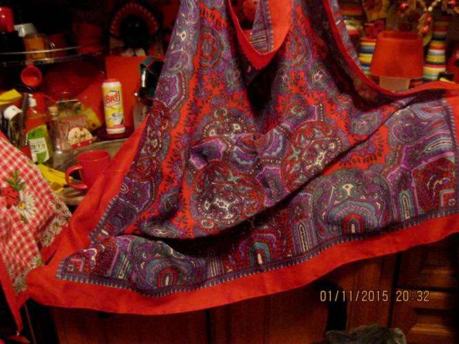 Жіночий великий хустку, шарф, шаль кольоровий палантин 1.20 на 1.20