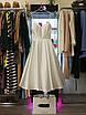 Вечернее свадебное минималистичное атласное миди платье с открытой спиной айвори белое нарядное, фото 5