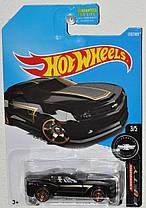 Базовая машинка Hot Wheels Chevy Camaro  2013