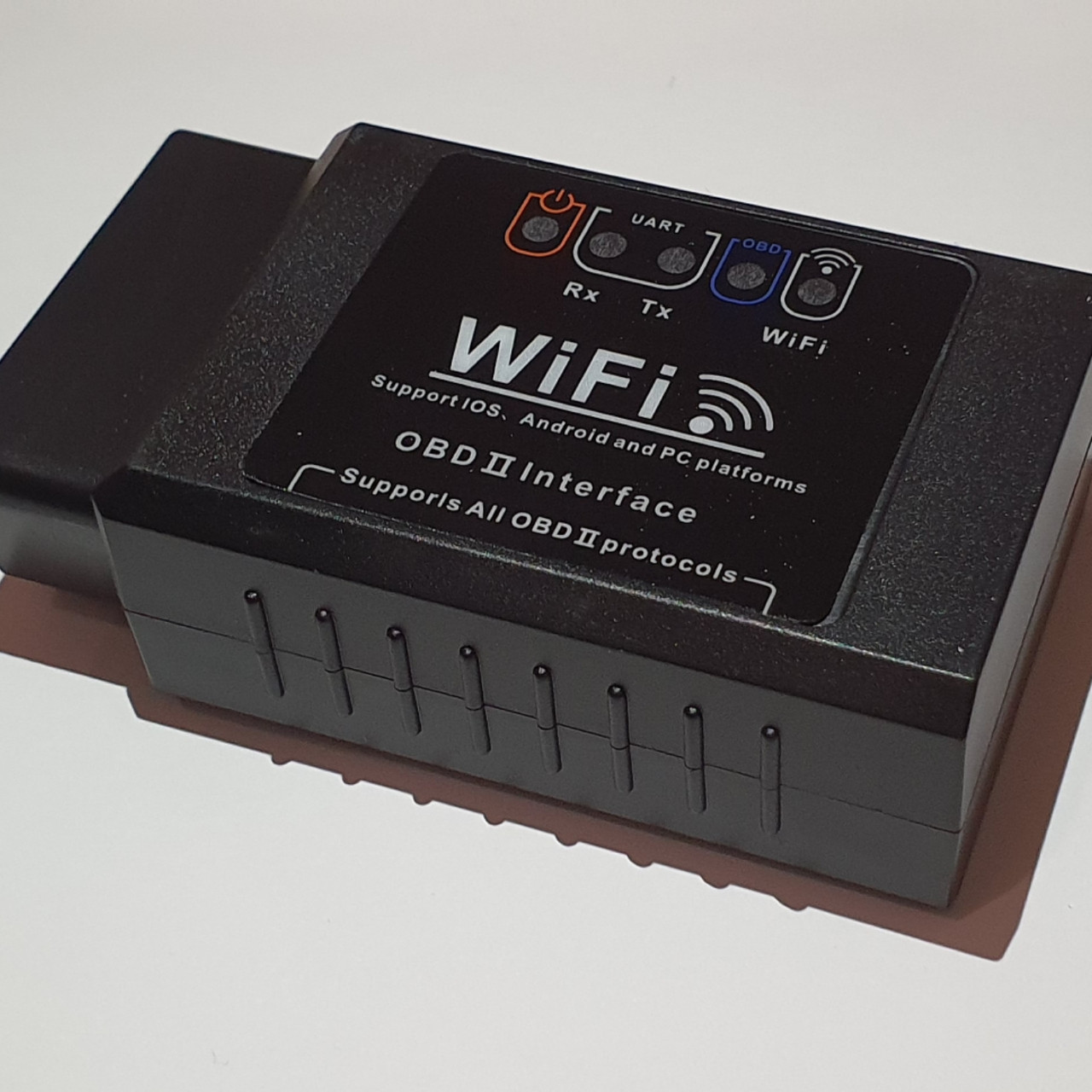 Диагностический OBD2 сканер адаптер ELM327 Wifi v1.5 (поддержка IOS, Android) / автосканер