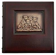 Фотоальбом «Дружная семья» в кожаном переплете подарок к новому году в год собаки.
