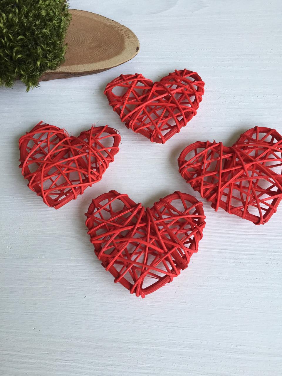 Ротанговые сердечк красные 7 см  ( уп 4 шт )