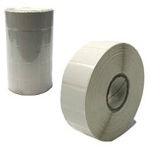 Этикетки на самоклеющейся бумаге в рулоне 2000 шт