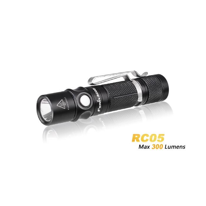 Фонарь ручной Fenix RC05