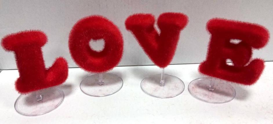 """Надпись """"LOVE"""", фото 2"""