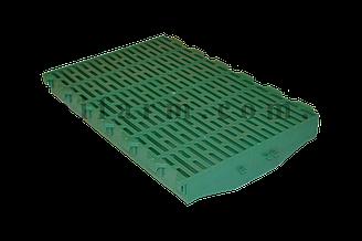 Пластиковая щелевая решетка под свиноматок
