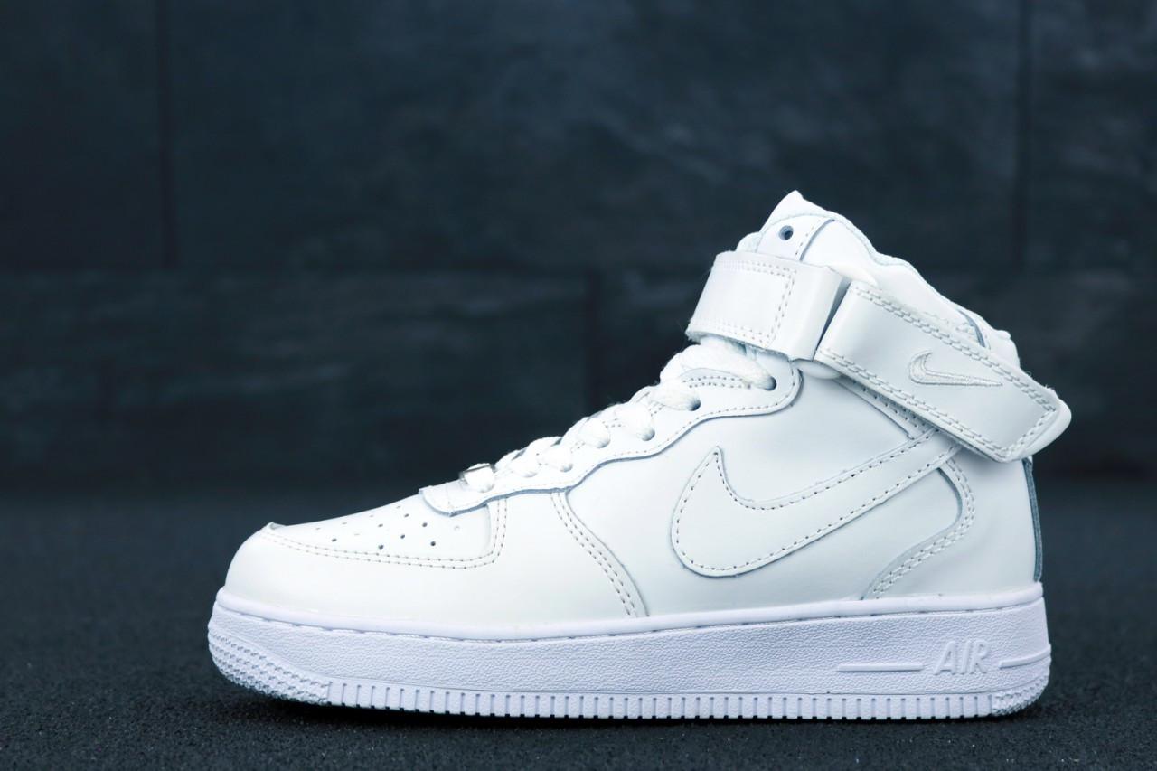 Женские кроссовки Nike Air Force 1 High Classic White. [Размеры в наличии: 38,39,40,41]