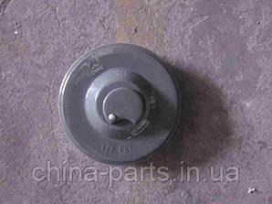 Крышка топливного бака AZ9112550210-2 HOWO самосвал