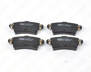Дисковые тормозные колодки на Renault Master II 1998->2010 - FTE (Германия) - BL1821B3