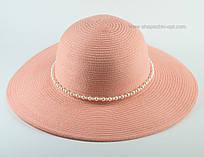 Летняя шляпа с жемчугом персикового цвета