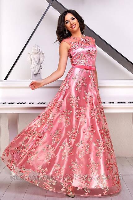 Ніжне плаття на випускний рожевого кольору
