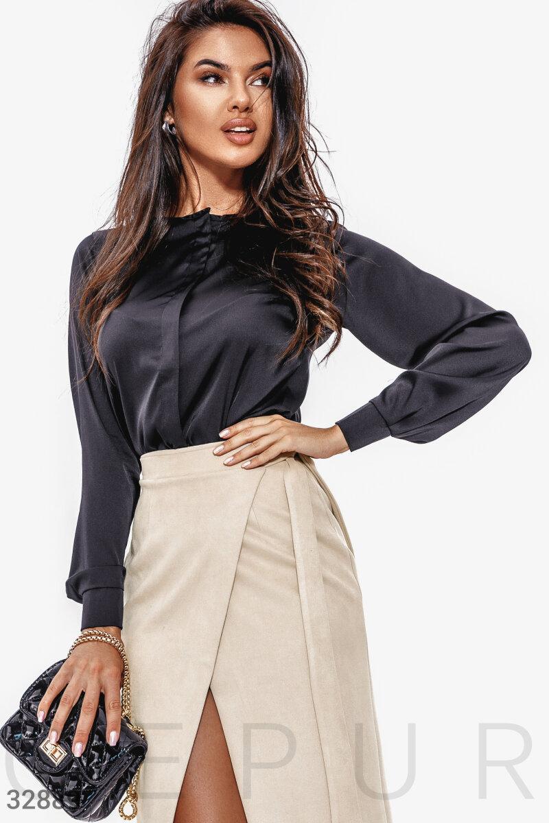Женская строгая блуза из шелка с круглым вырезом черная