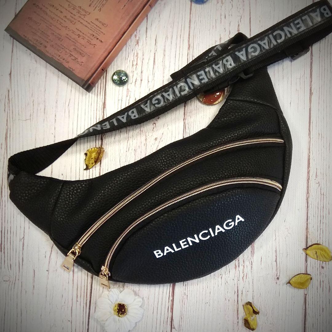 Стильная женская поясная сумочка, бананка Balenciaga, баленсиага. Черная. Турция.