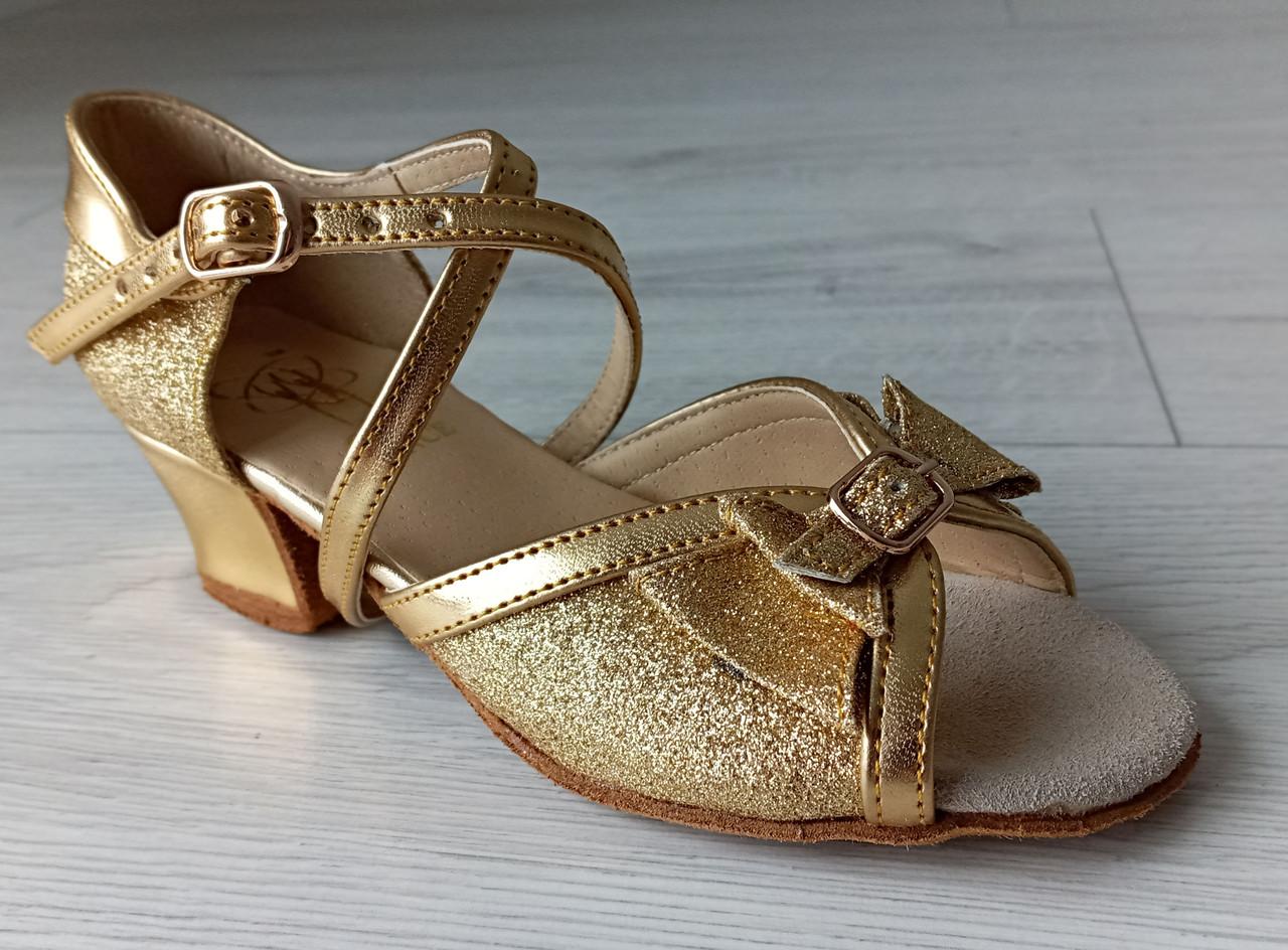 Туфли для бальных танцев ClubDance Б-4 золото парча