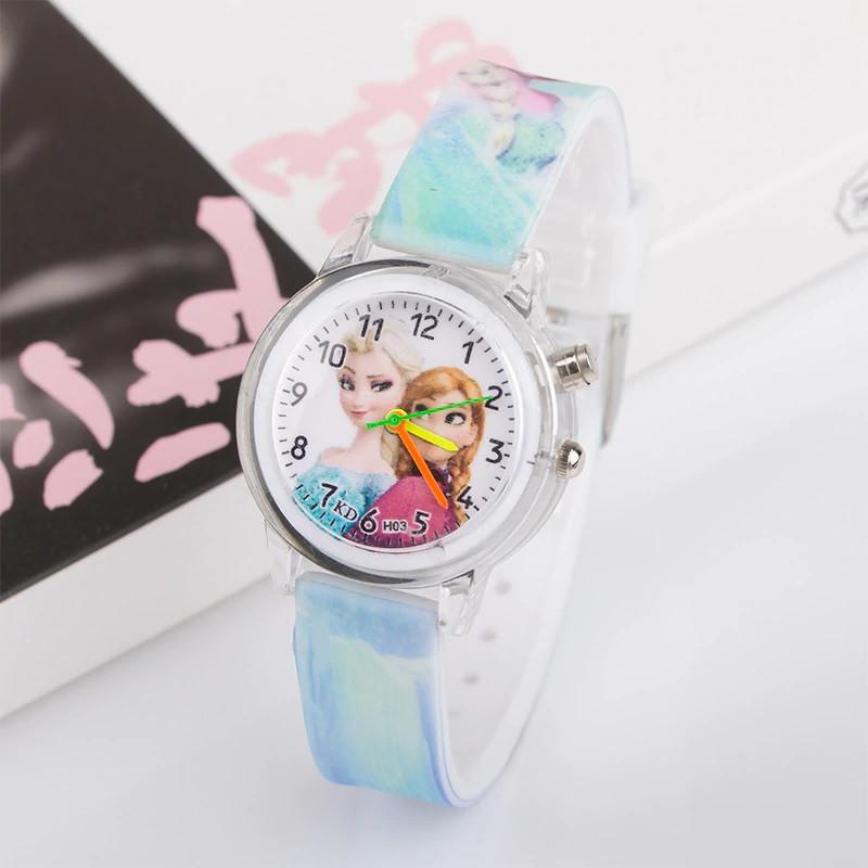 """Дитячий наручний годинник з підсвічуванням """"Крижане серце"""""""