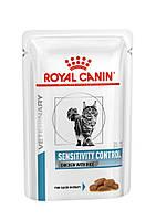 Паучи Royal Canin Sensitivity Control Feline Chicken 100г (в упаковке 12шт.)