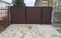Распашные ворота с покрытием профнастила