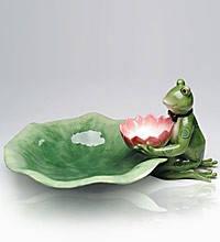 Набор из фарфора тарелка зеленого цвета с фигуркой лягушки и соусник в виде кувшинки