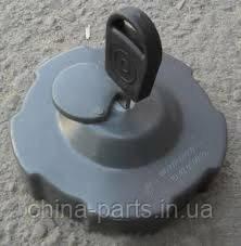 Крышка топливного бака пластмассовая WD615 HOWO   AZ9112550210-2-пластм  #запчасти HOWO