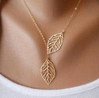 Подвеска листья на цепочке. Золото
