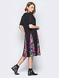 Платье повседневное с цветочными вставками на юбке и короткими рукавами черное, фото 6