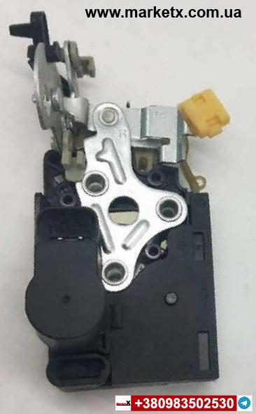 Актуатор замок двері передньої правої Шевроле Лачетті 96272639-OEM Chevrolet Lacetti
