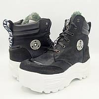 Женские зимние замшевые ботинки на натуральном меху Z34-121
