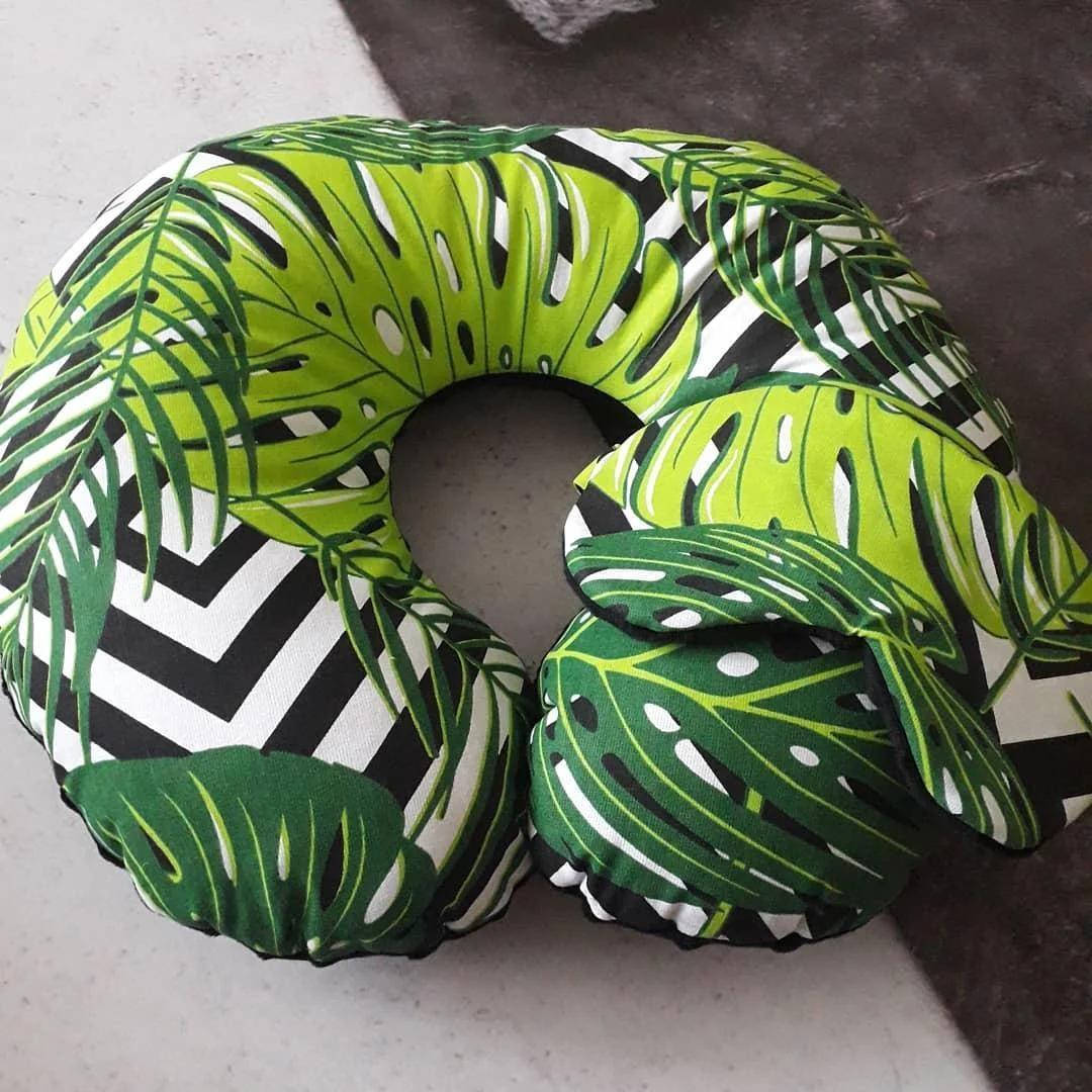 Подушка дорожная для путешествий Листья + ПОДАРОК маска для сна