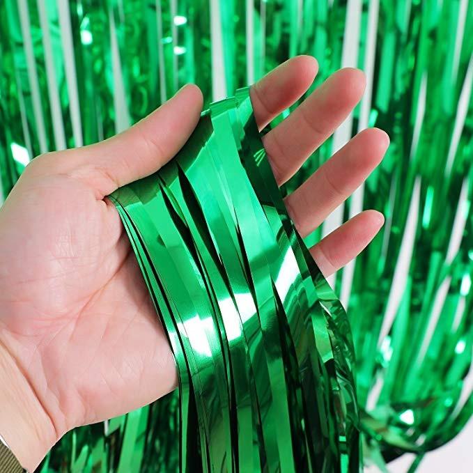 Шторка из фольги для создания фото зоны 1 х2 метра зеленая 43033
