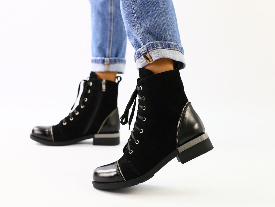 Женские черные ботинки на шнуровке, замша лак
