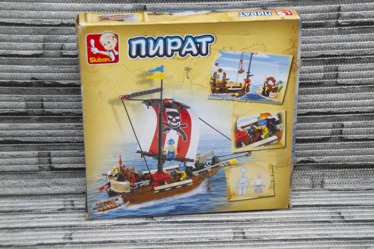 """Конструктор SLUBAN """"Пиратский корабль"""" 226 деталей."""