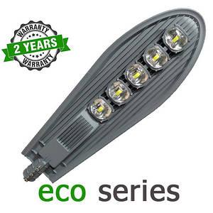 Консольний вуличний світильник LED 250W 6000-6500К з лінзою серія ECO