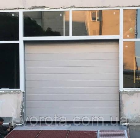 Промышленные подъемные ворота DoorHan ш3000мм, в2900мм (цвет металлик, RAL 9006)