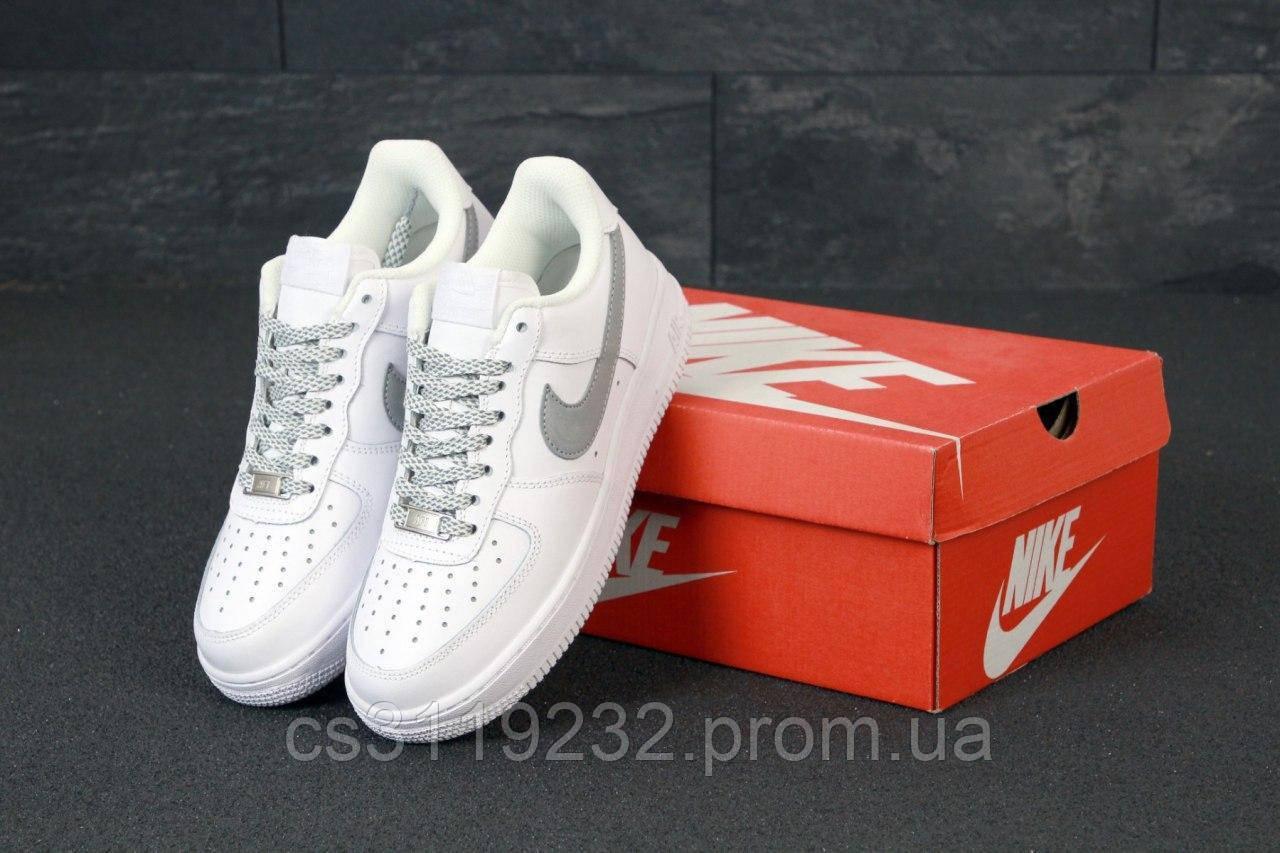 Женские кроссовки Nike Air Force REFLECTIVE  (белые)