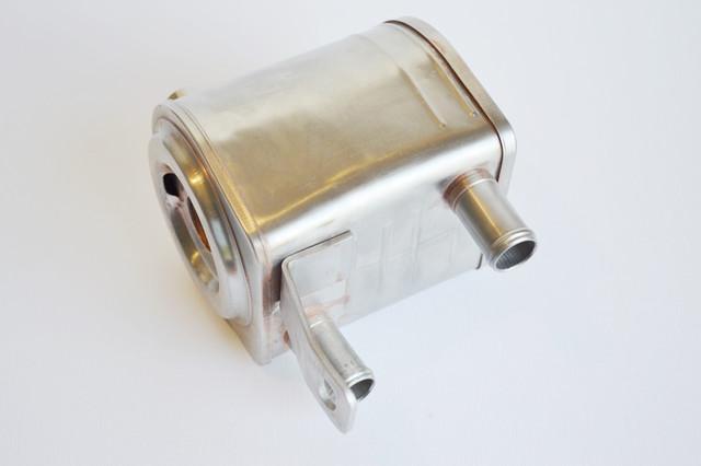 13024520, 13024128, 13026104 Теплообменник, маслоохладитель на двигатель Deutz TD226B