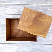 Деревянная коробка для упаковки подарков. Упаковка для подарочных наборов с вашей надписью или логотипом.